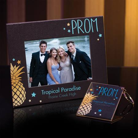 Full-color Frame and Key Chain Set - Pineapple Prom