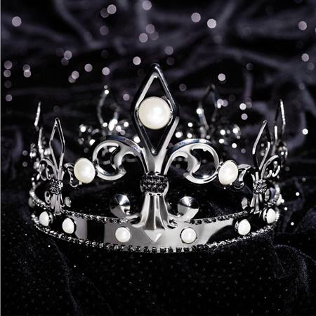 French Fleur de Lis Crown
