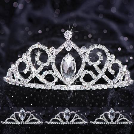 Queen and Court Tiara Set - Vanessa and Vicky