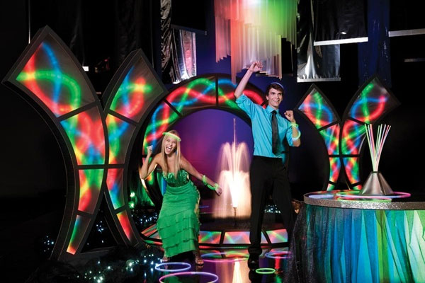 Glow ideas for senior all night parties and spring dances for Spring dance decorations