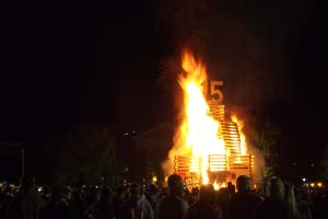 College_Homecoming_Bonfire