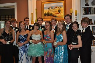 Prom_Traditions_Photos
