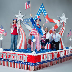 Andersons_Patriotic_Parade_Float