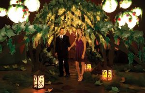 woodhaven-enchanted_forest-prom-theme-000