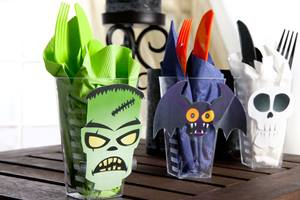 Halloween Utensil Cup Craft