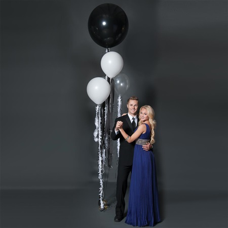 Black Balloon Bouquet Kit