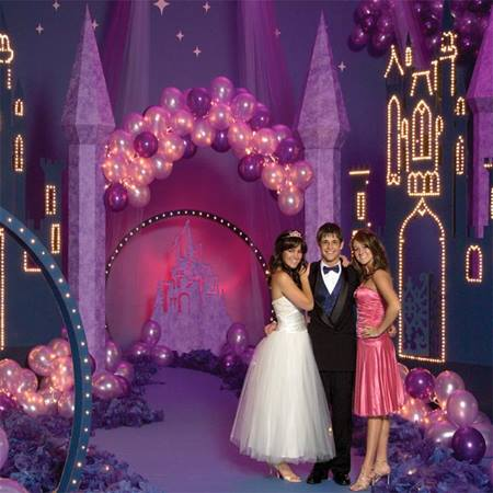 12 ft. Welcome to Your Fairytale Arch Kit